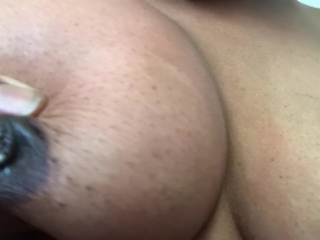 Squirting milk from my titties for tha FIRST TIME!