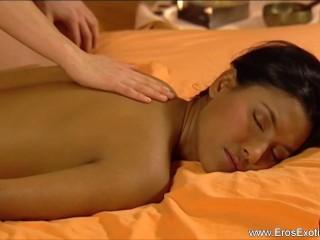 Females Massage Is So Erotic