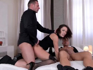 Preview 4 of Submissive Nikita Bellucci Deepthroat and epic Double Penetration