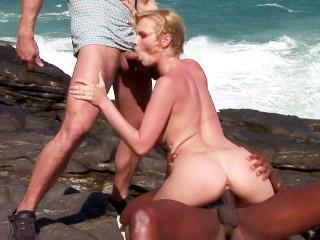 Mature Granny Having Sex Show Live Cam Gratuit