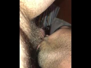 Deep troating a cock...