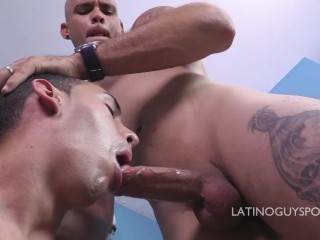LATINO HOT PAPI ODIN GET HIS DICK SERVED.