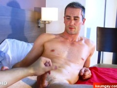 Mark's dick massage ! (straight guy seduced for gay porn)