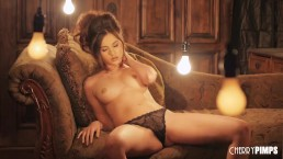 Shyla Jennings Masturbates After Stripping Everything Off