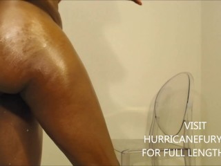 Squirting oiled twerkin into back to back creamy...