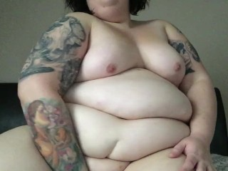 BBW Tattooed Bailey shows off her curves