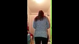 Girl farts in her intimacy