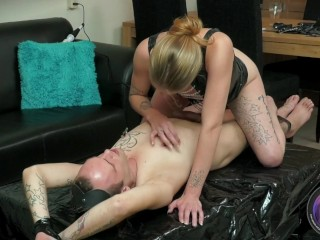 Melody Pleasure and Cheffie Porn kinkystyle