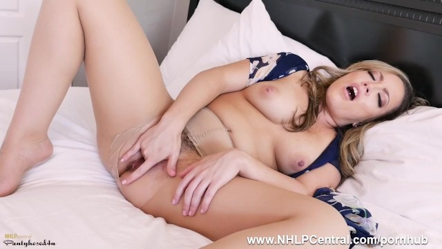 Pantyhose masterbate Latina milf carmen valentina in hot pantyhose slut action fingering pussy