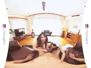VR PORN – Sexy Teen Geisha Girls Pleasuring a Big Dick