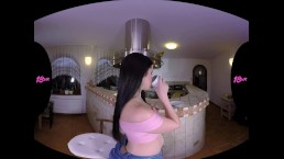 18VR.com Sneaky Anal Fuck With Teen Slut Cassie Fire