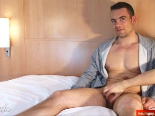 Male masturbator to innocent hetero guy serviced in a porn.