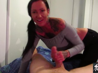 Stepmom Chantelle Fox Jerks you off