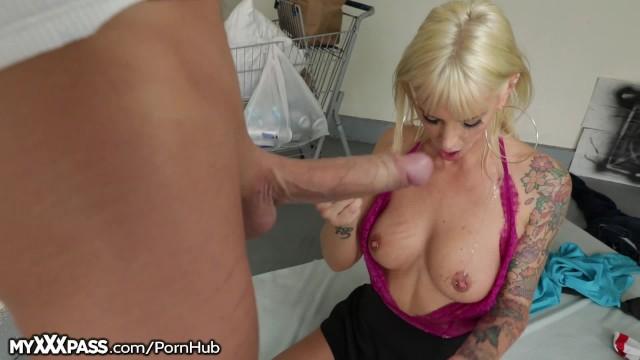 Chůva máma sex