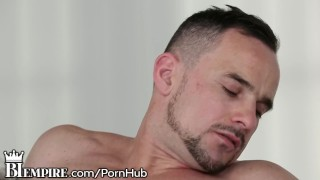 Guy biempire hung fucks it coworker ass sexual bisexual