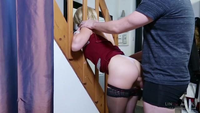 Stiefmutter Gefickt Während Stuck