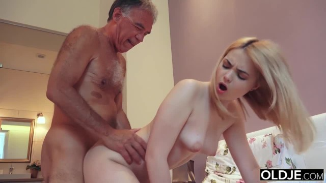 Amateur girl old stepdad