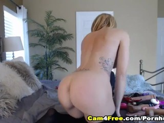 Blonde Femme Fatale Pound Her Vag Using Her Toys