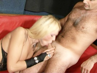 Blonde tranny slut gets fucks by guys hard...