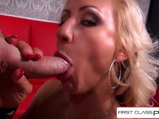 FirstClassPOV - Enjoy MILF Zoey Portland sucking a big dick, big boobs