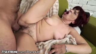 21Sextreme Sensual Granny Takes a Load on her Box porno