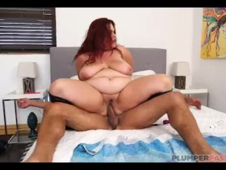 Busty BBW MILF Alexa Grey Loves Latino Cock
