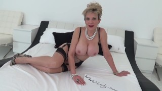 UK MILF want's cum inside her pussy Teencurves big