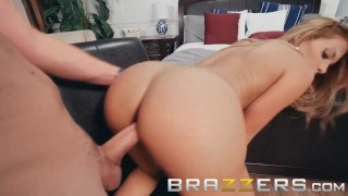 Brazzers - Blonde milf Mercedes Carrera strips to unwind porno