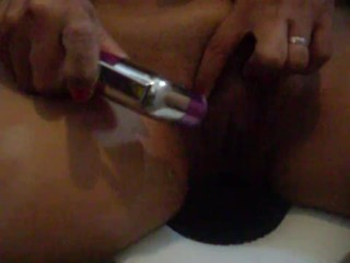 Cleaning the Filipina Pinay Asian pussy, first time to show this