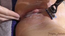 Tatooed MILF get shaved in bath - pussy, closeup, fetish