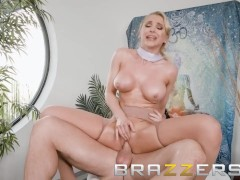 Brazzers - Sexy stewardess gets a dirty massage