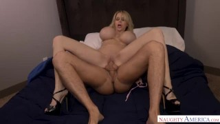 Lucky huge america big tits naughty cougar dick seduce danielle derek's a seduction mom