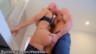 EvilAngel Exclusive: Lisa Ann's Return to Porn with Johnny Sins!