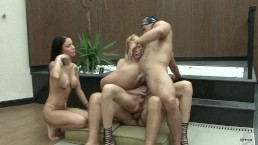 Hot foursome turns to hard bisexual assfucking