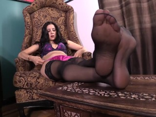 Jamie Daniels in Cuckold Foot Stories #1