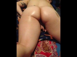 Rubbing my oiled up pussy