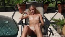 Kelly Teal farting sun bathing