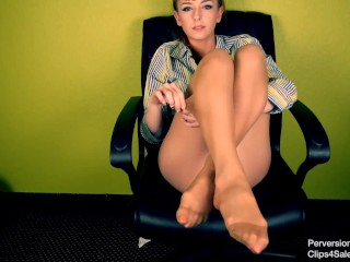 Ms.Lizzy Lamb: Performance Review (Full Video)