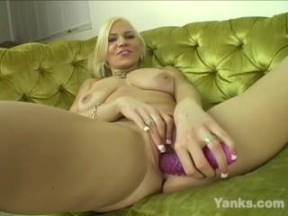 Yanks Blonde Milf Xana Star's Big Toy
