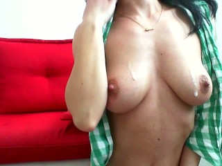Cum beetwen my boobs and spit on me