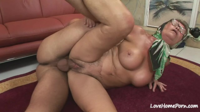 Amateur lovehomeporn, amateur, homemade, shaved-pussy, granny, blowjob