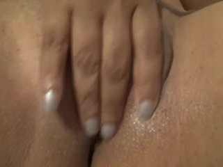 My pussy is so tight and noisy LOL