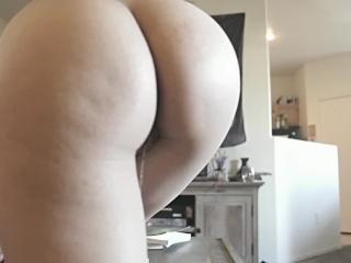 Asian Girlfriend slept over wanting morning sex