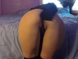 BrokenHalo - anal plug, spanking and masturbating in stockings and corset