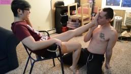 TSM - Worshiping Rainy's sexy bare feet as she busts my balls