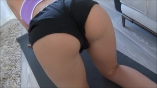 Fucking My 18 Year Old Girlfriend Doing Yoga