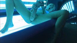 Fucking my pussy with MONSTER toy in my tanning bed! Pink Tuesday