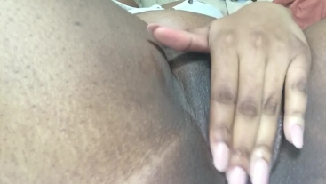 CLOSE UP TIGHT PUSSY
