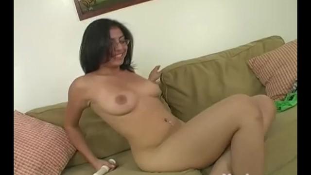 Amateur Latina Solo Orgasmus