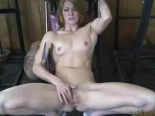 Female Bodybuilder Redhead Makes Herself Cum